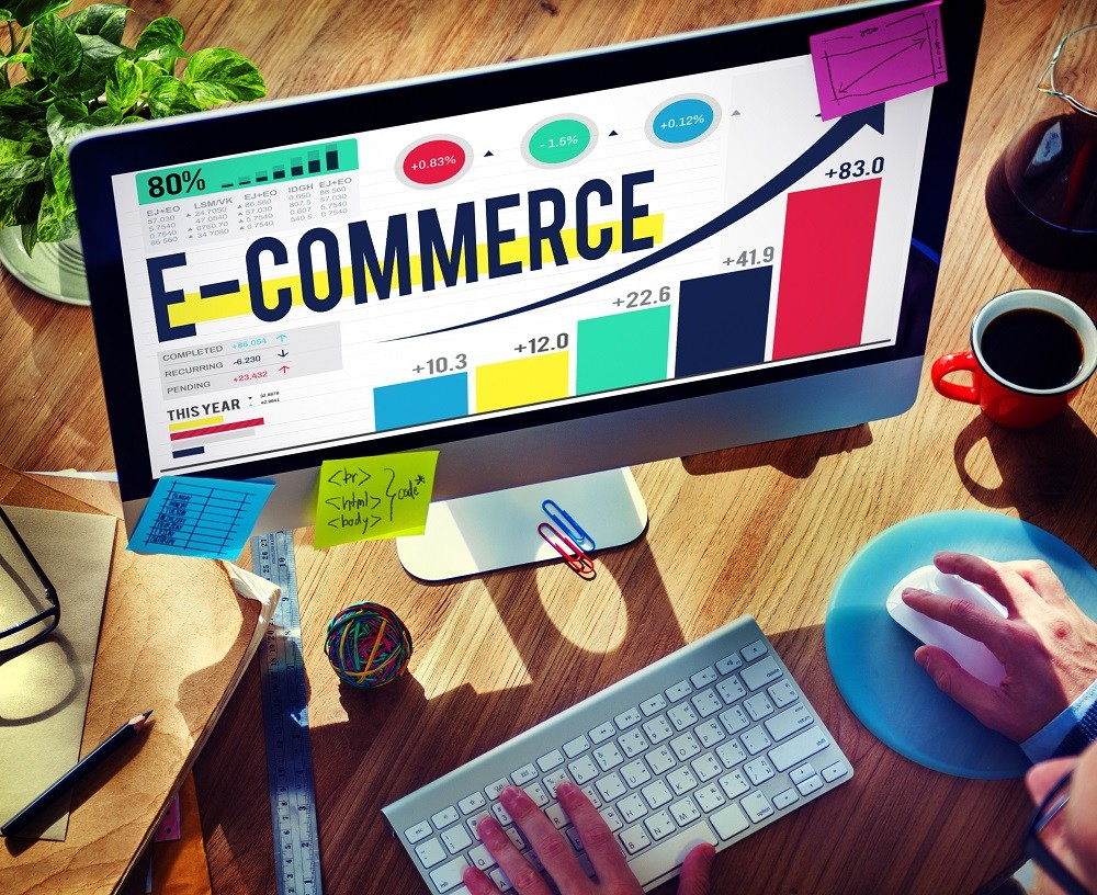 e-commerce na monitorze